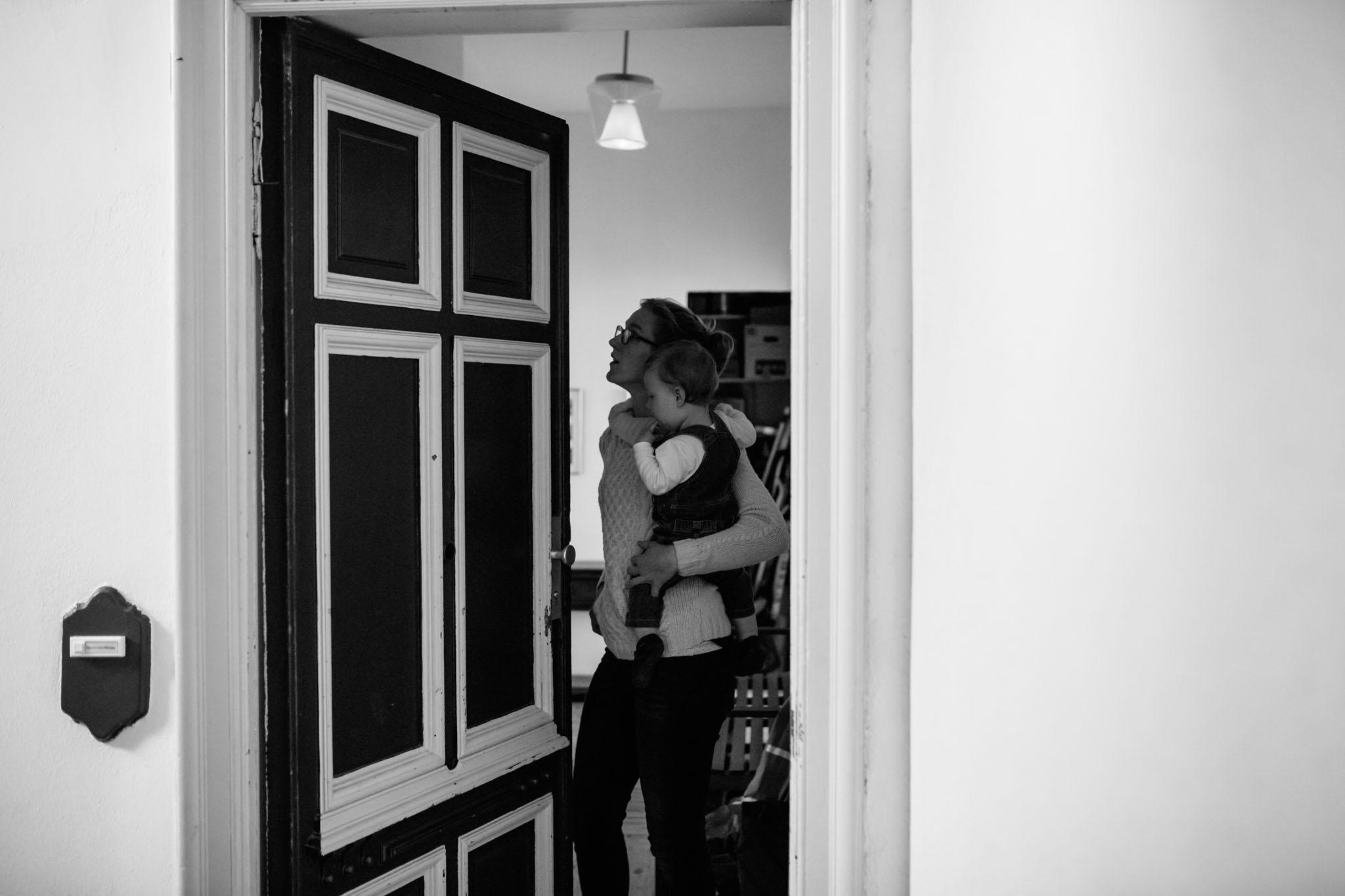 familien-fotografie-berlin-kreuzberg-day-in-life-schwarzweiss
